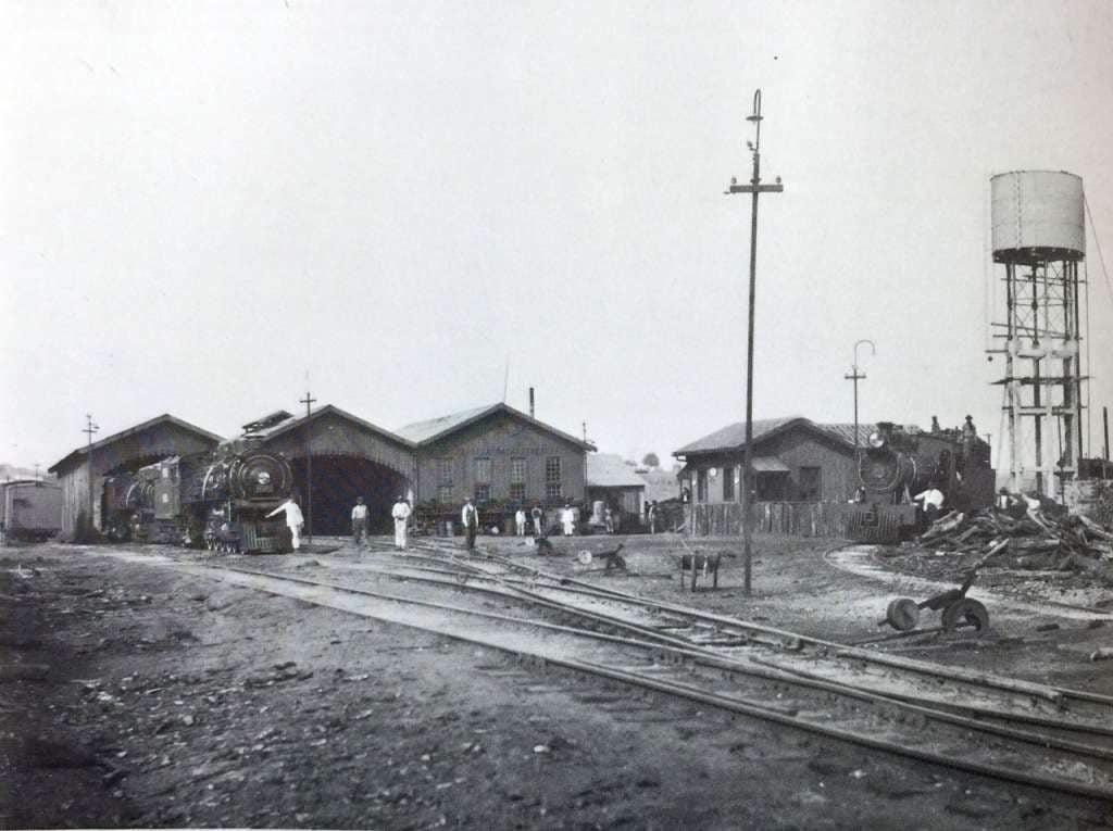 Passo Fundo - Depósito de locomotivas em 1927.