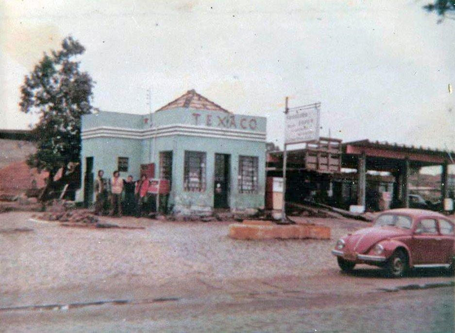 Guaíba - Posto Texaco na Rua 20 de Setembro.