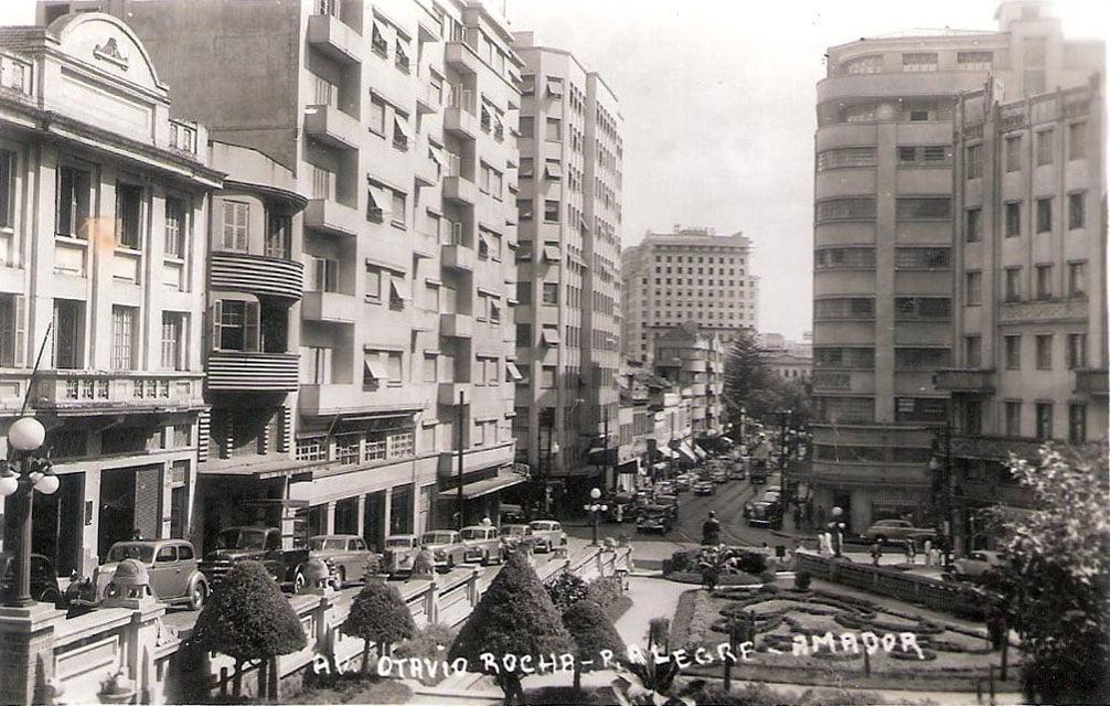 Porto Alegre - Avenida Otávio Rocha e Lojas Renner.