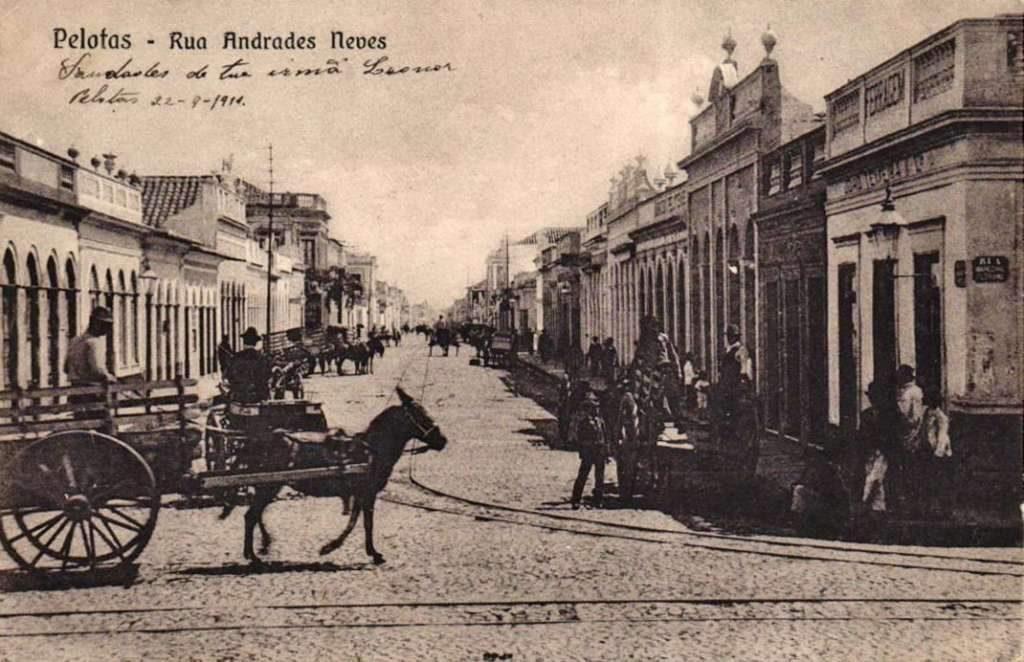 Pelotas - Rua Andrade Neves ao fundo Rua Sete de Setembro.