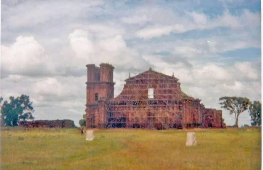 São Miguel das Missões Ruínas(acervo Luiz Henrique da Rocha) 1980