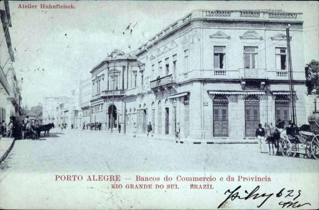 Porto Alegre - Bancos do Comércio e da Província no início do século XX.