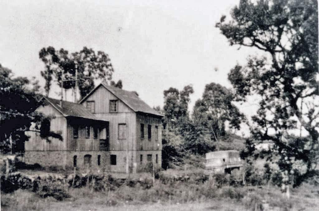 Bento Gonçalves - Casa Ceconello em Santo Antonio na década de 1960.