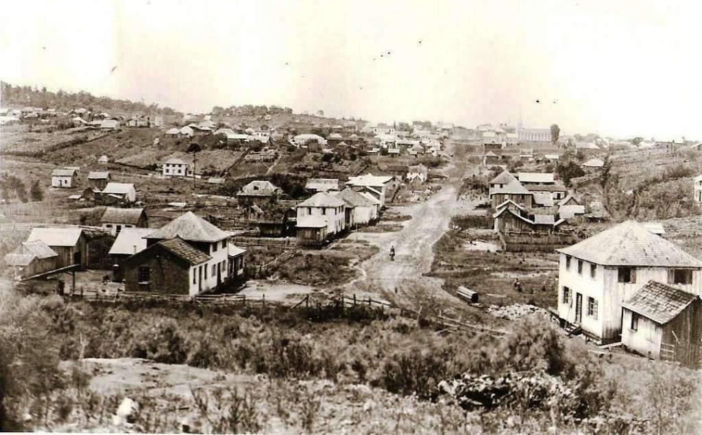 Alfredo Chaves (hoje Veranópolis) - Vista da entrada da cidade em 1917.