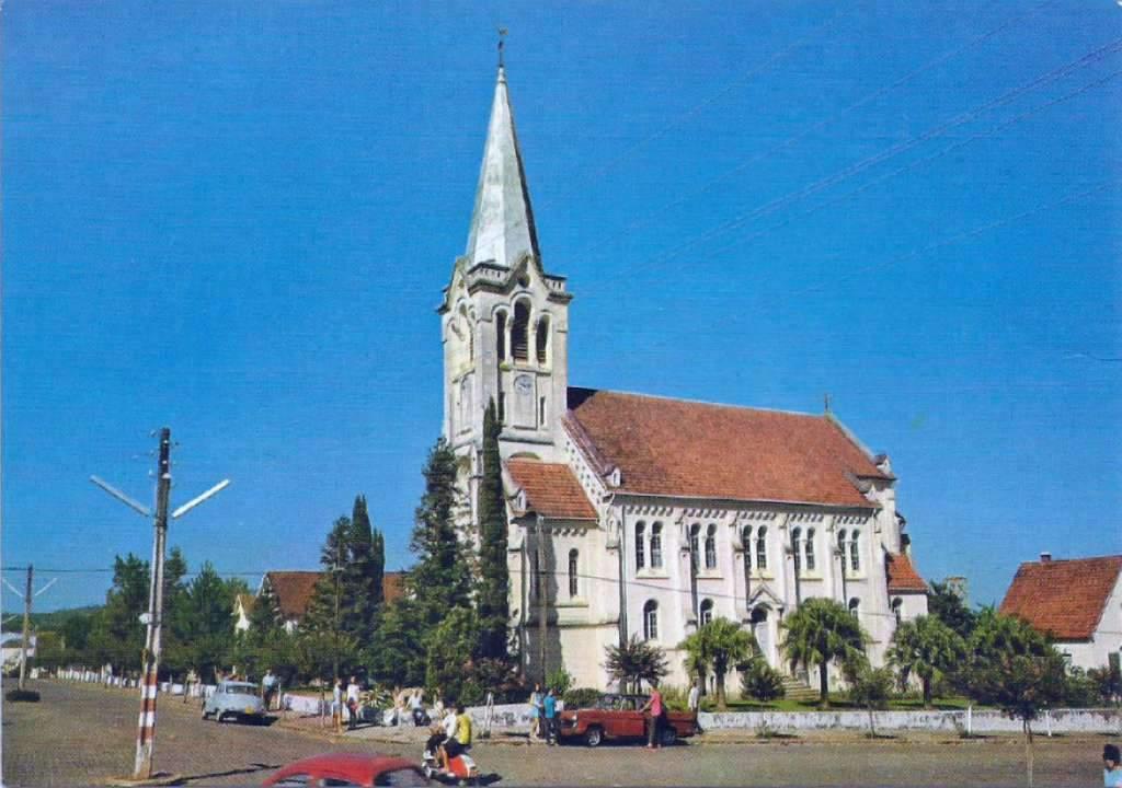 Santa Cruz do Sul - Igreja Evangélica na década de 1970.