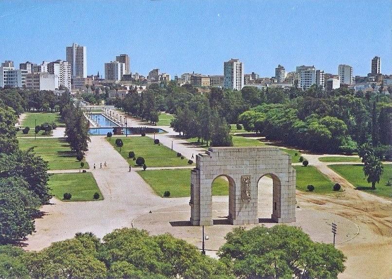 Porto Alegre - Postal Parque Farroupilha em 1970.