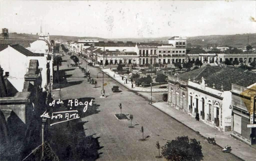Balé - Avenida 7 de setembro na década de 1930.