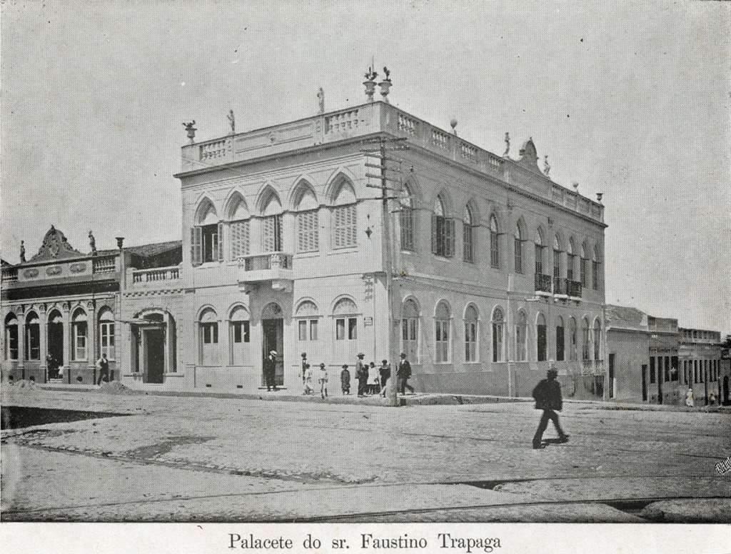 Pelotas - Palacete do Sr Faustino Trapaga(álbum Centenário Pelotas) no início do século XX.