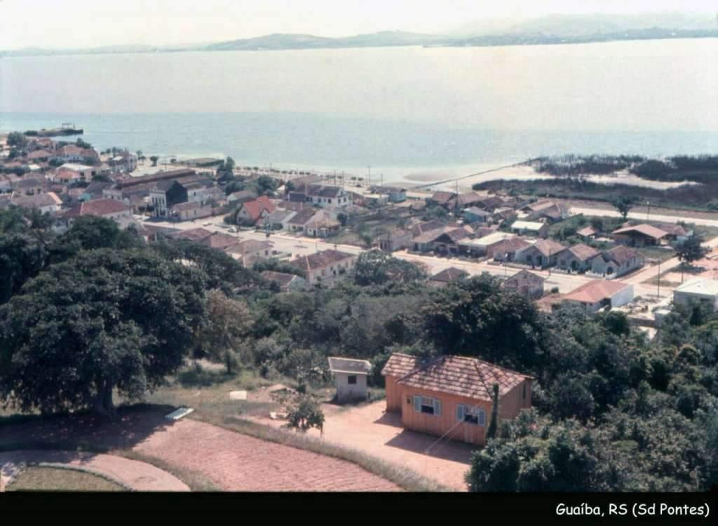 Guaíba - Orla do Centro na década de 1960.