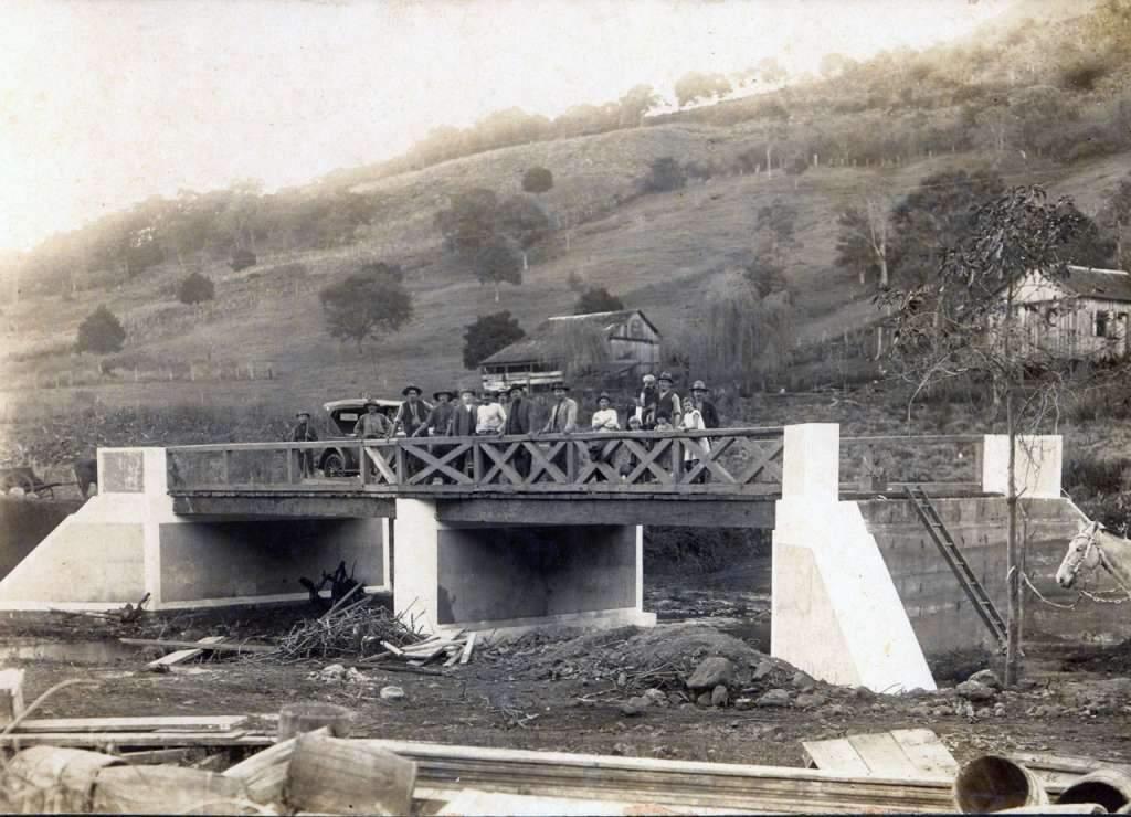 Lajeado - Construção de ponte na década de 1930.