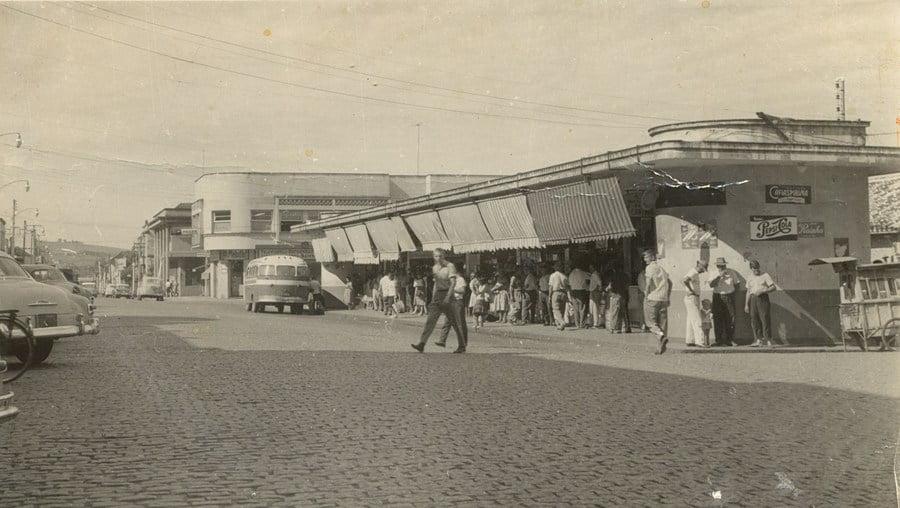 Novo Hamburgo - Primeira FENAC, Bancas Pedro Adams Filho em 1963.