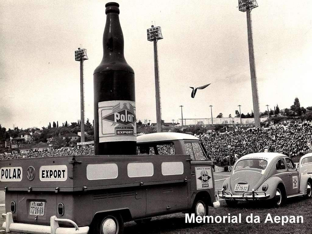 Porto Alegre - Apresentação Cerveja Polar Export,  Estádio Olímpico em 1970.