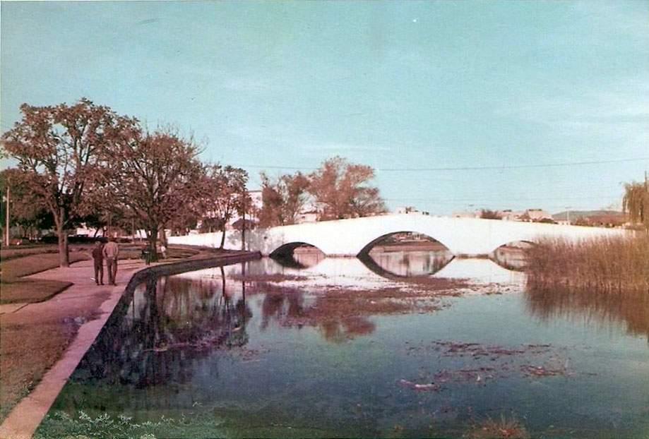 Porto Alegre - Ponte de Pedra em 1971.