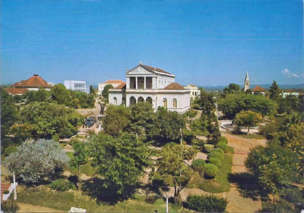 Santa Cruz do Sul - Prefeitura Municipal na década de 1970.
