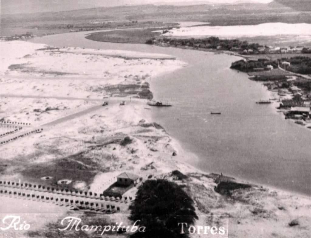 Torrres - Aérea do Rio Mampituba na década de 1950.