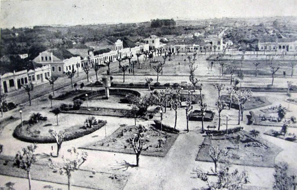 Gravataí - Vista da Praça Borges de Medeiros na década de 1930.