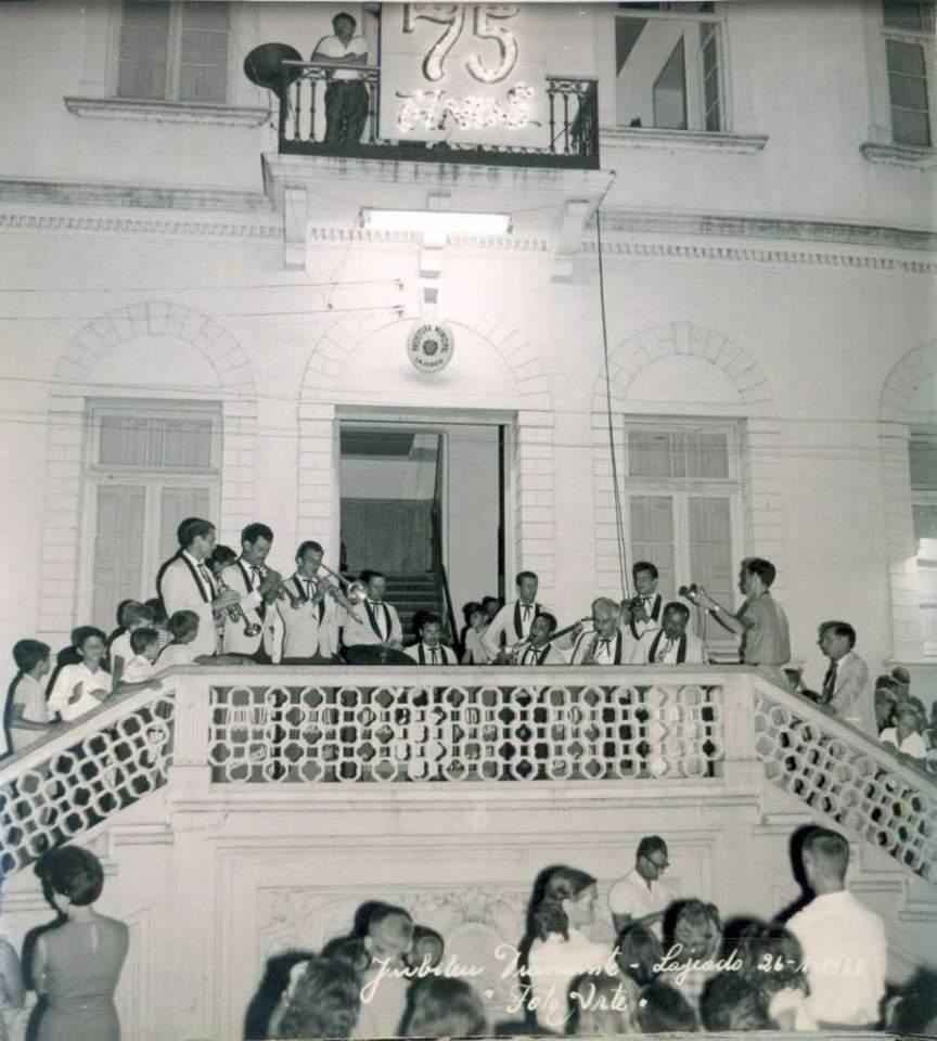 Lajeado - Prefeitura no Jubileu de diamante(75 anos) em 26-01-1966.