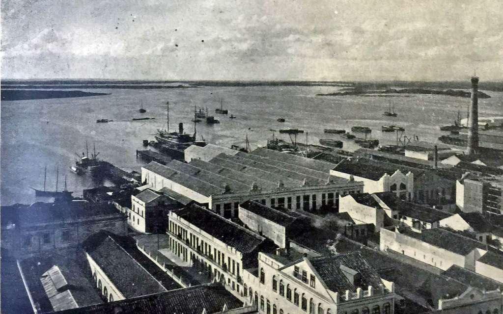 Porto Alegre - Armazéns e trapiches das companhias de navegação no início do século XX.