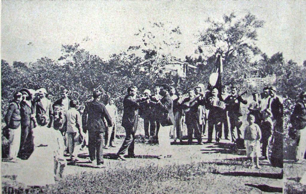 Porto Alegre - Baile só para homens na Ilha da Pintada em 1910.