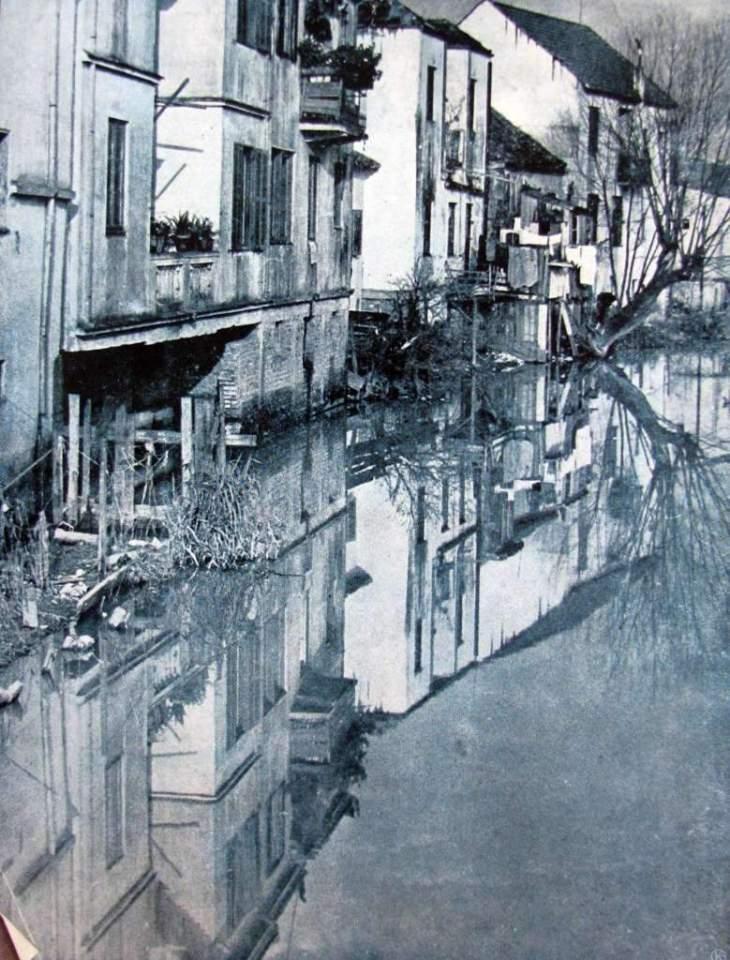 Porto Alegre - Casario espelhado no Riacho na década de 1930.