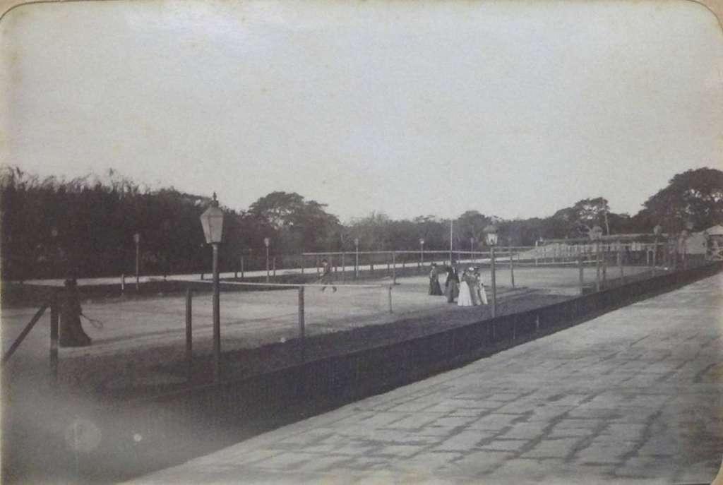 Porto Alegre - Jogo de Tênis no início do século XX.