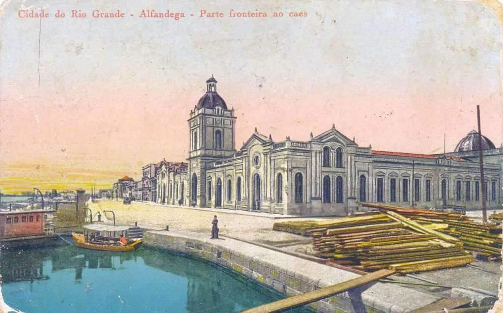 Rio Grande - Postal Alfândega e Cais no inicio do século XX.