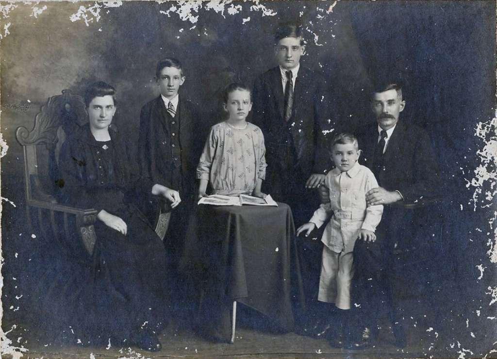Santa Cruz do Sul - Família no início do século XX.