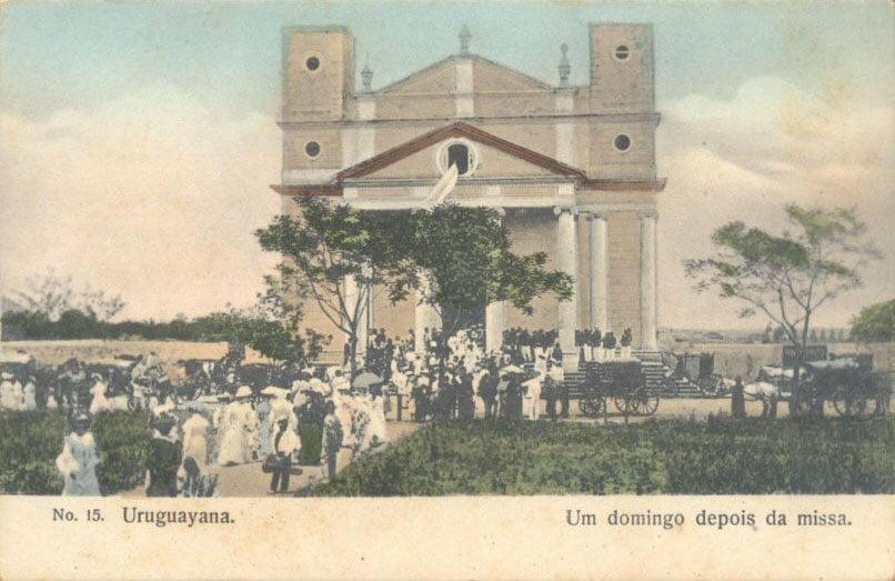 Uruguaiana - Domingo depois da Missa no início do século 20.