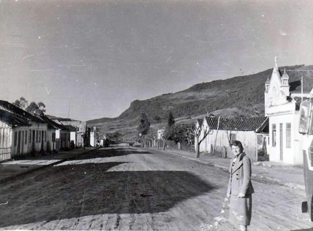Porto Alegre - Entrada da Vila na década de 1950.