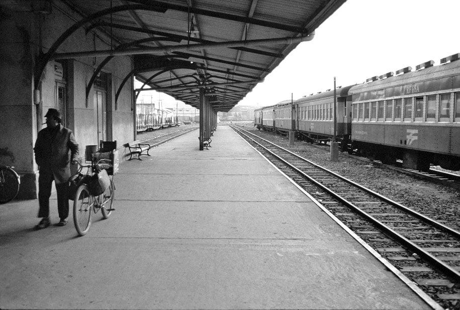 Porto Alegre - Estação Ferroviária Diretor Pestana da RFFSA na década de 1970. Fonte: acervo Alfonso Abraham.