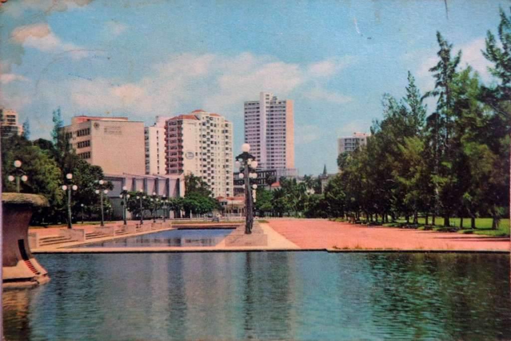 Porto Alegre - Postal do Parque Farroupilha na década de 1960.