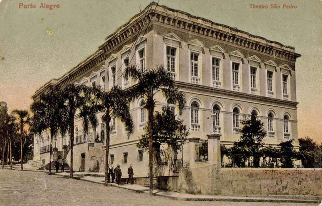 Porto Alegre - Postal Teatro São pedro no início do século XX.