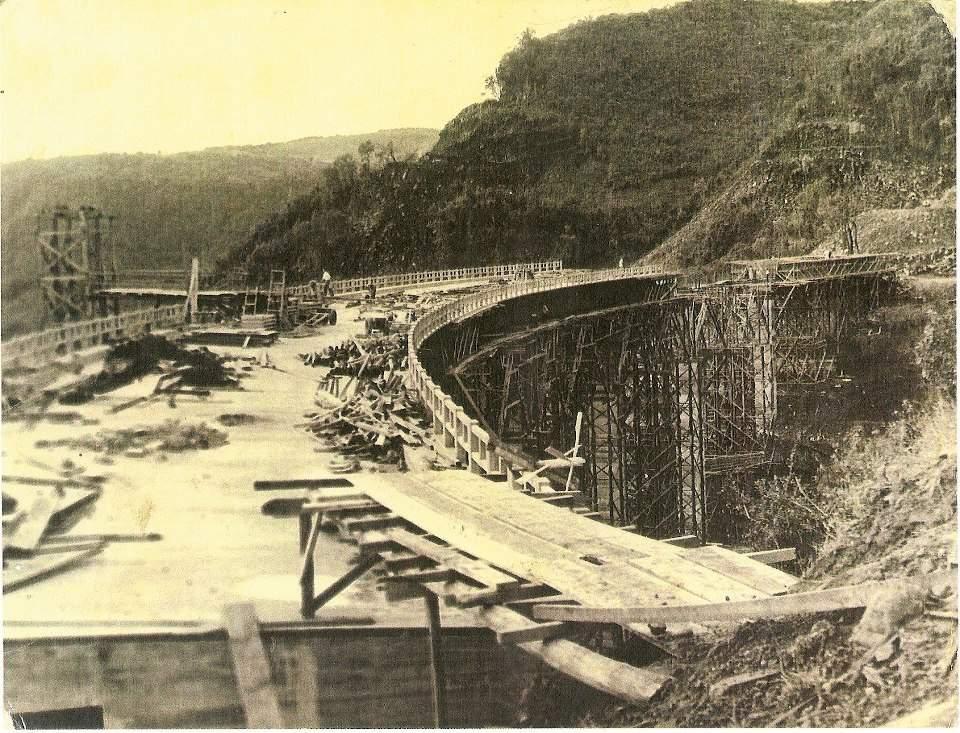 Santa Maria - Construção de ponte na década de 1940. Fonte: acervo Jonatas Vargas.