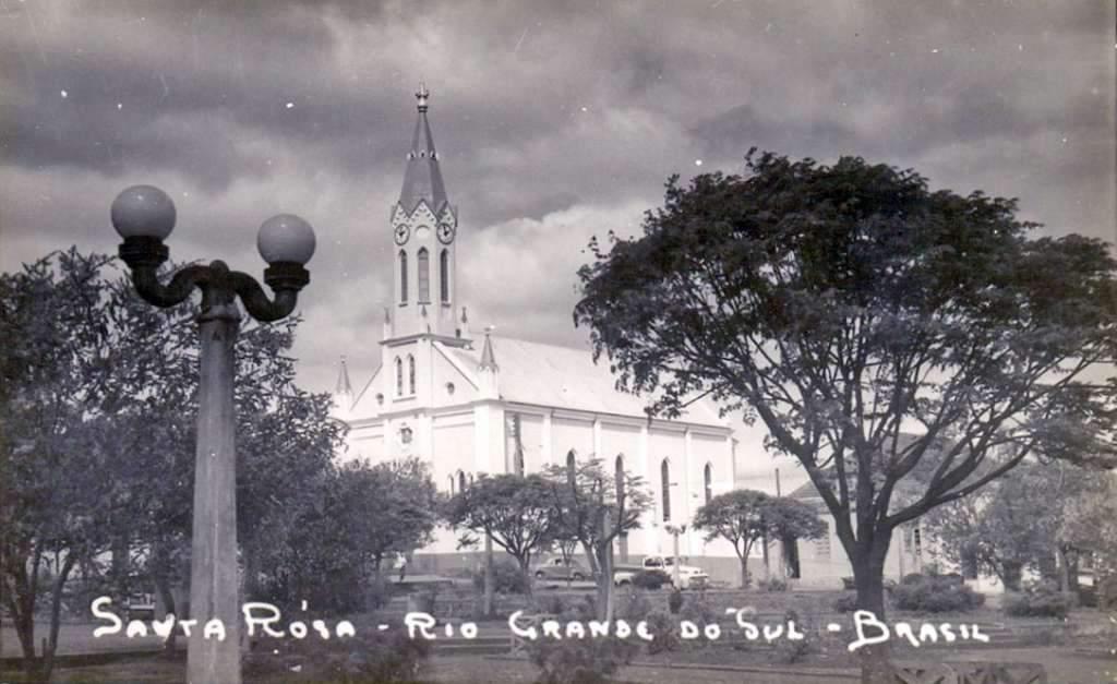 Santa Rosa - Igreja na década de 1950.