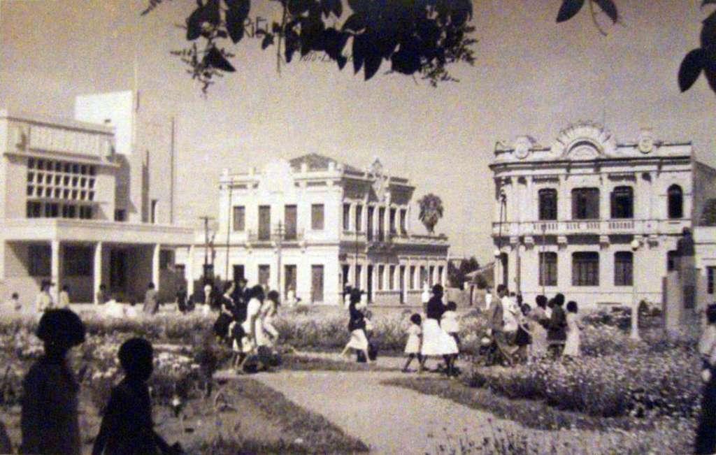 Caxias do Sul - Postal da Praça Rui Barbosa em 1948