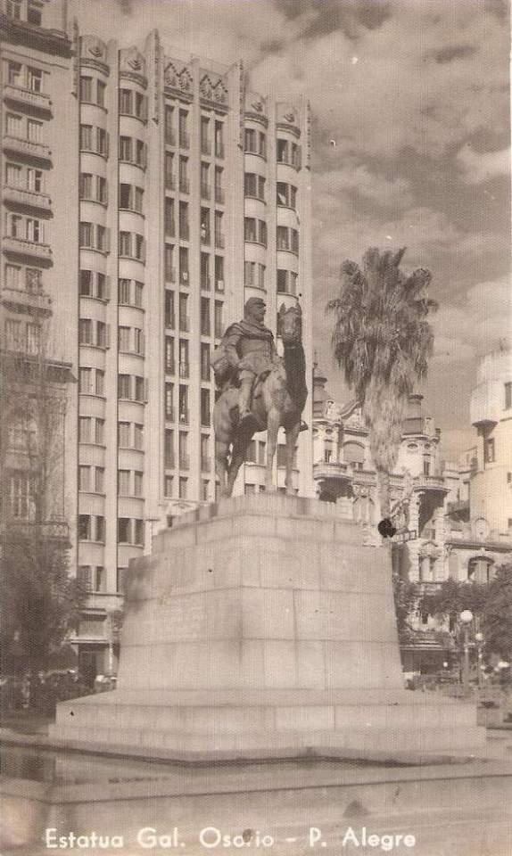Porto Alegre - Estátua General Osório na década de 1950.