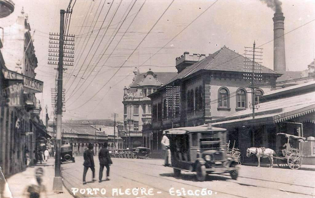 Porto Alegre - Postal da Estação na década  de 1930.