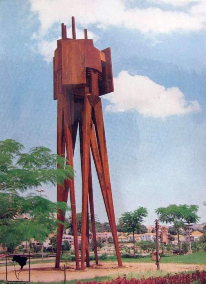 Porto Alegre - Postal Monumento dos Açorianos na década de 1970.
