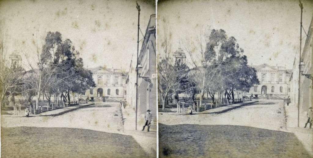 Porto Alegre - Praça dom Feliciano e Santa Casa de Misericórdia no início do século XX.