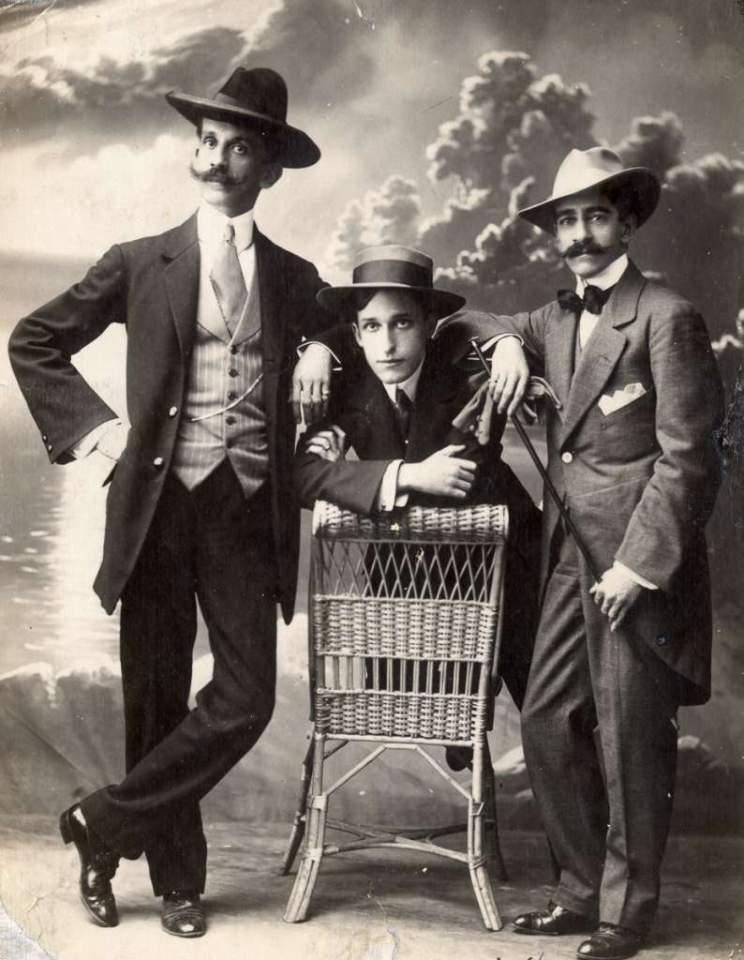 Porto Alegre - Retrato de Estúdio em 1901. Fonte: Fototeca Sioma Breitman.