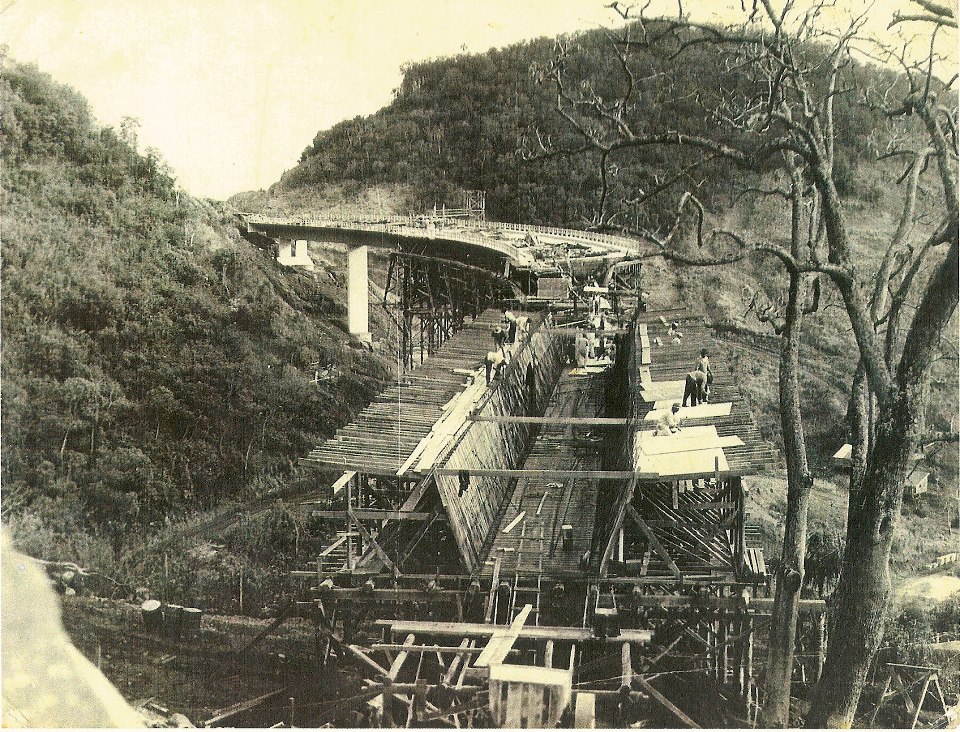 Santa Maria Construção de ponte na década de 1950. Fonte: acervo Jonatas Vargas.