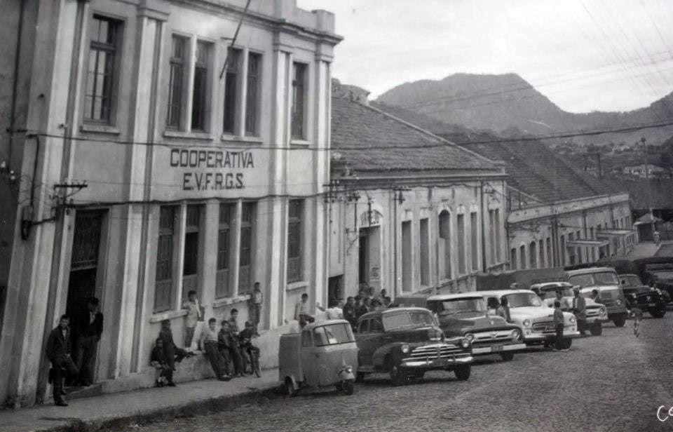 Santa Maria - Cooperativa EVFRGS na década de 1950. Fonte: acervo Jonatas Vargas.