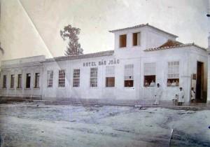 Camaquã Primeiro hotel da história(Hotel São João) déc1930