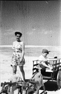 Capão da Canoa Carretinhas de bode (acervo Ricardo Sgrillo) 1946