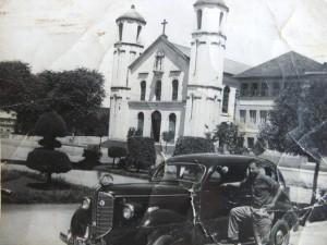 Gravatai Francisco Jorge Tafras (popular Chico Gardel) Praça da Igreja matriz déc1960