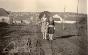 Ijuí Rua do Comércio(próximo ao atual edifício Moreno)(acervo Robério Medeiros) 1939