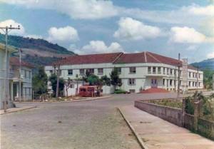 Muçum Colégio das freiras demolido para a construção da atual prefeitura