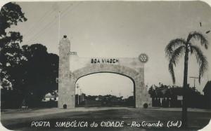 Rio Grande, pórtico de entrada (anterior a 1954)(acervo Suzana Morsch)