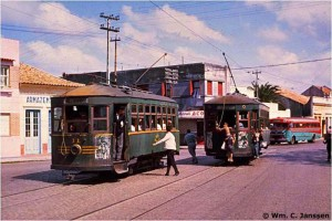 Rio Grande Bondes Brill Serviço Rio Grandino de Transportes Coletivos Rua General Canabarro Bondes Saraiva e Prado(foto Wm. C. Janssen) 1957 1957