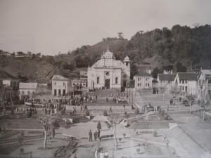 Antônio Prado Igreja e praça